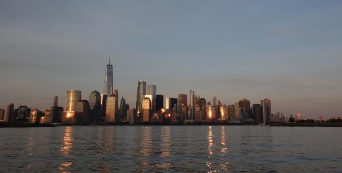 NYC1030
